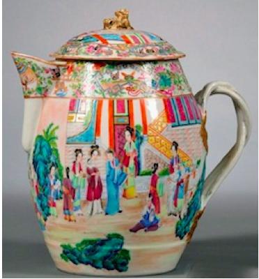 Early 19th century Rose Mandarin Chinese porcelain cider jug