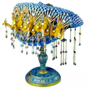 Tian Tsui & Chinese silver coronet and stand