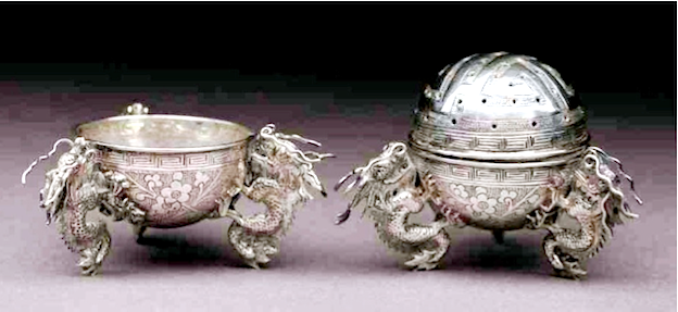 Chinese Export Silver pair of 1860 cruets