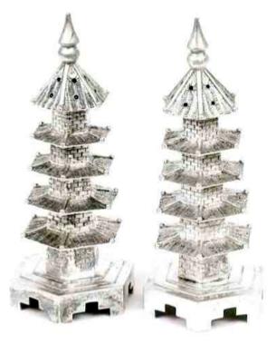 Chinese Export Silver pair of Wang Hing cruets