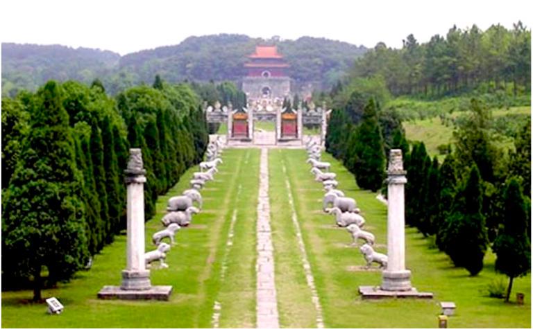 Ming Tombs huabiao